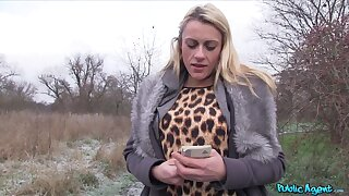 Fat cock be advisable for cum thirsty blonde floosie Brittany Bardot in get under one's out of pocket